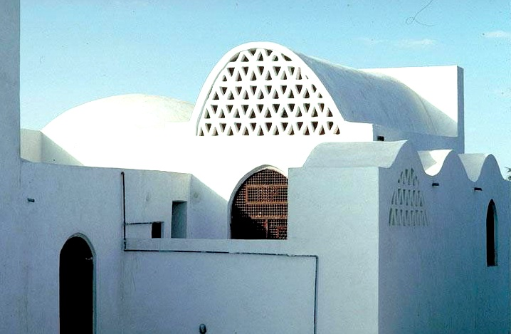 13 Principles of Sustainable Architecture From Nader Khalili Student