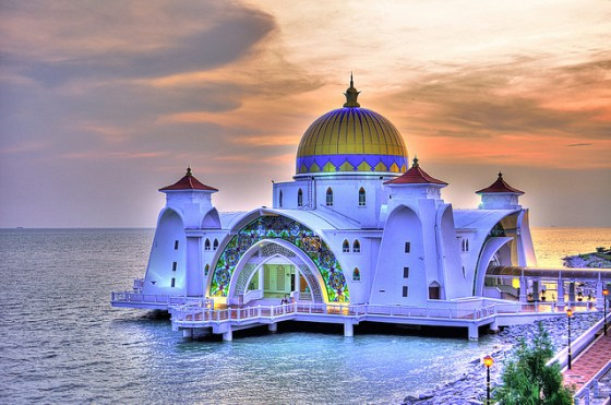 design, architecture, rising sea levels, greenhouse gases, Malaysia, Malacca Mosque, Strait of Malacca, Mosque, global warming
