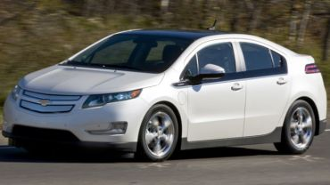 Volt Voted Out as GM Readies to Suspend Production