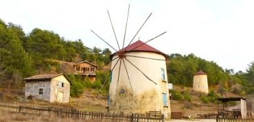 Wind Energy and Organic Farming Collide in Western Turkey