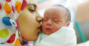 Fasting Pregnant Women During Ramadan Give Birth to Smaller Babies