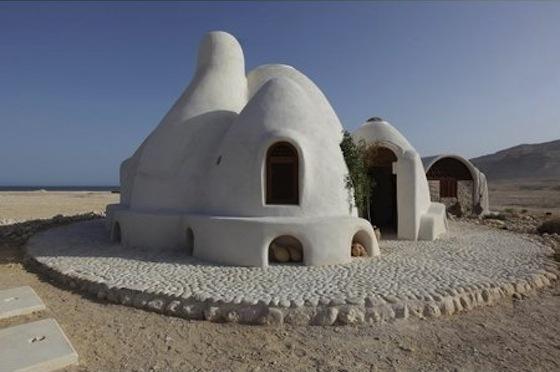 Nader Khalili-inspired Eco Resort in Oman Wins Big Accolades at WAF