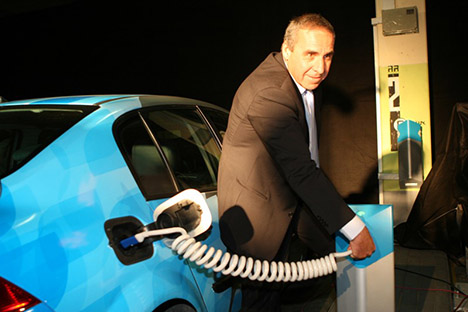 moshe kaplinsky better place, charge spot, electric car