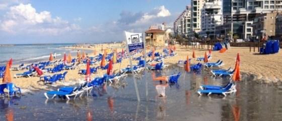 tel aviv, israel beach 2012 sewage zalul, water app from waze
