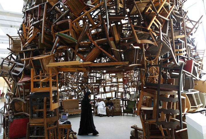 Chairs for Abu Dhabi: a Giant Hollow Mountain for Art Fans