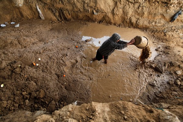 Egypt Flushes Out Gaza Tunnel Diggers With Sewage!