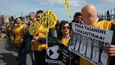 "Turks Ask Their Leaders to Say ""No to Nuclear"""
