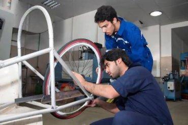 Ultra-light Dubai Car Travels 1000 KM On One Liter of Fuel!