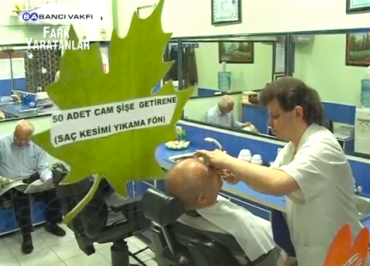 Turkish Barber Turns His Shop into a Mini Recycling Center