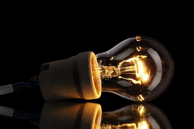 Dubai, Abu Dhabi ban high energy incandescent light bulbs