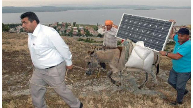 Turkey subsidizes solar donkeys for shepherds