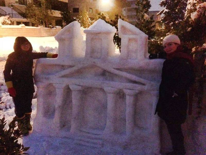 Teens make stunning snow sculpture of Petra