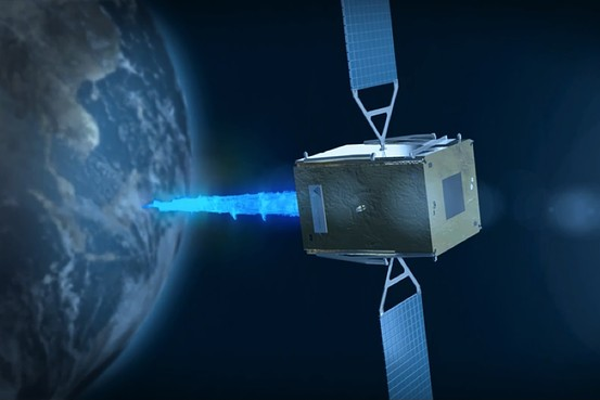 "Israeli startup offers ""tow"" to space junk and lost satellites"