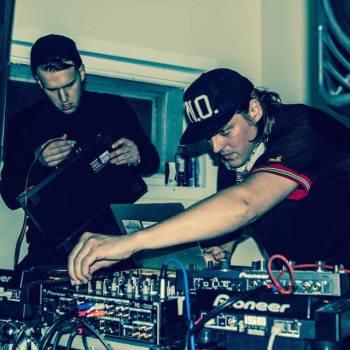DJ-WINDOWS-98