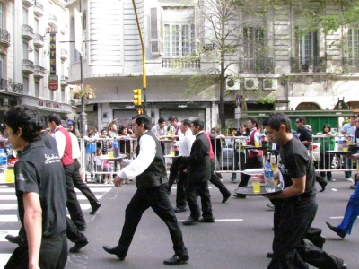 The Off, Buenos Aires Waiter's Race 2011