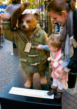 """""""Parka Paddington,"""" Carnaby Street – Liam Gallagher, rock and roller also known for his trademark Parka"""