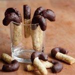 Crispy cane cookies