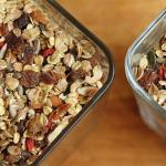 muesli in jars
