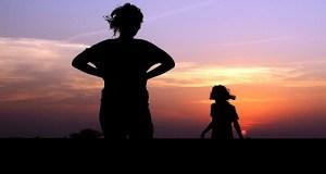 majka-kcer-siluete