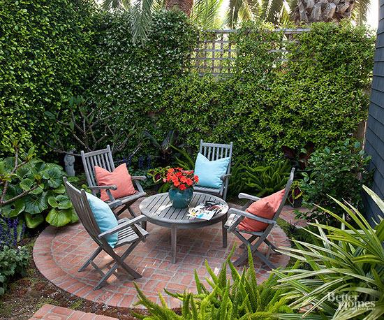 Come valorizzare un piccolo patio 14 idee da cui trarre for Como disenar un patio pequeno