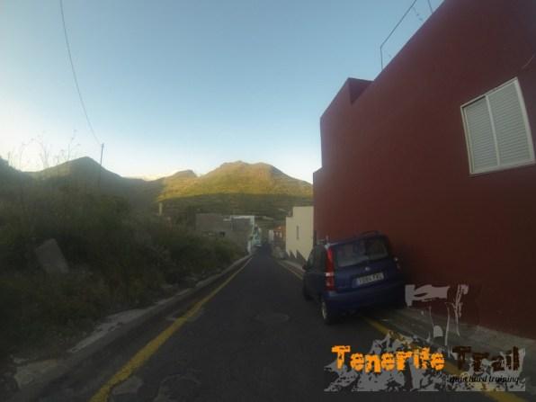 Calle en Los Campitos destino a la presa