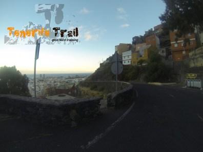 En la carretera entrada camino para llegar al barrio de Salamanca