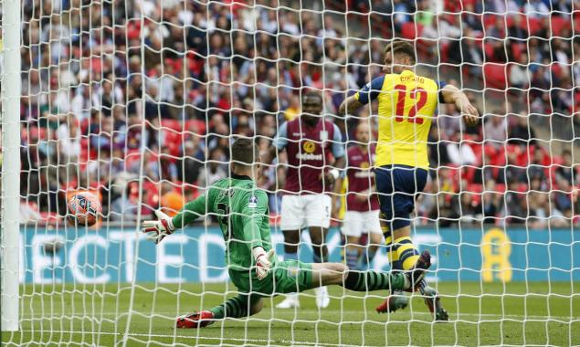 Classic Giroud allowed by poor Villa defence