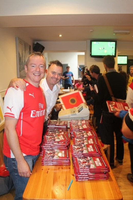 Dave Seager with Dave Lane of Legends Publishing at the 2014 book launch in the Tollington, a pub favoured by Arsenal fans