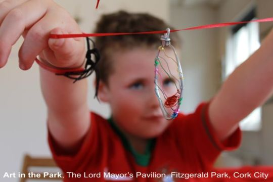 Art in the Park - wire art kids workshop at fitzgerald park, with artist p gurgel-segrillo