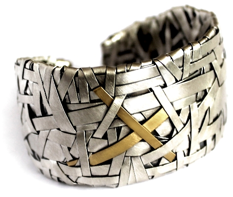 cuff handcrafted in silver and gold by jewellery designer gurgel-segrillo