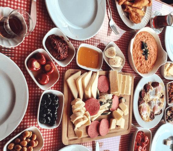 Ağva Yeme İçme Rehberi: Ağva'da Kahvaltı Nerede Yapılır?