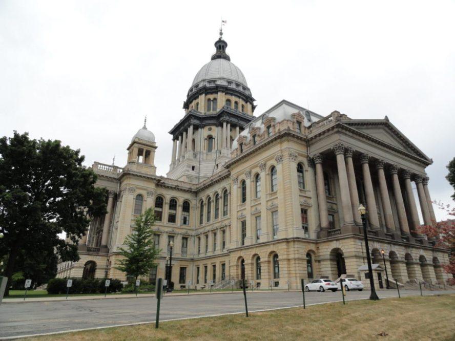 Illinois_State_Capitol,_2012