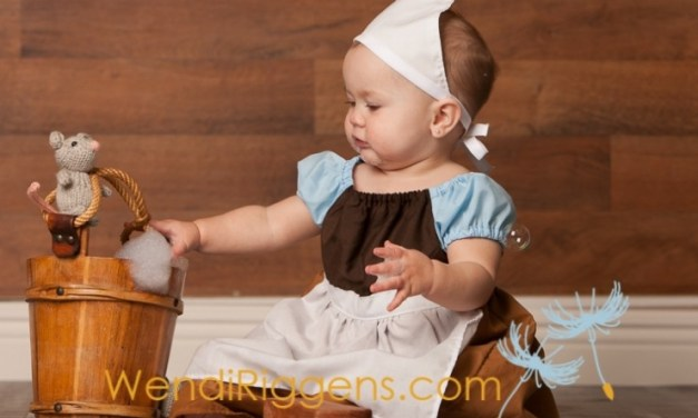 Baby Girl Put in Adorable Fairy Tale Outfits and We All Get to Look at the Pictures!
