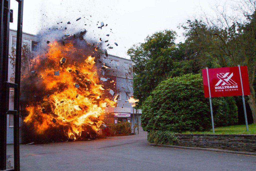 ep-4766-hollyoaks-stunt-school-explosion-02fdjgjgfdjgfdjfdjgfdjgfdjgfdjgfdjgfdjgfd