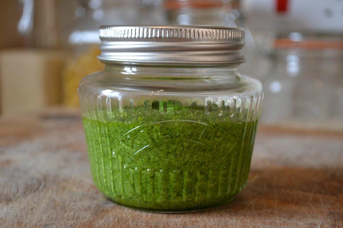 Foraging: Wild Garlic Pesto