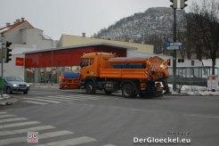Zeitgleich der ordnungsgemäße Winterdienst der Landesstraßenverwaltung