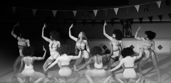beyonce-formation-music-video-hair-goals-hollywood-london-hairgoals-hairgoalshollywood-superbowl-beautiful-afro-natural-hair-braids-plaits-curly-formation-hollywood-squad-goals