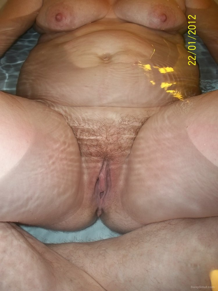 chubby moms hairy pussy extreme
