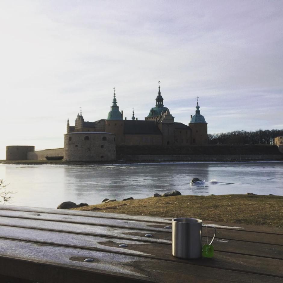 Njuter av det fina vdret i Kalmar med en kopphellip
