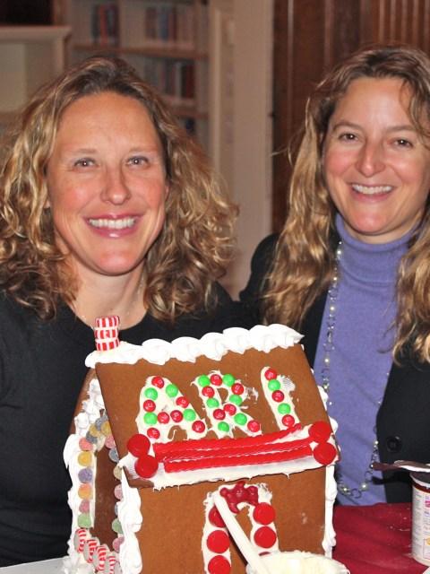 2011 Alumnae Gingerbread Workshop
