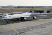 Lufthansa setter A340 på bakken