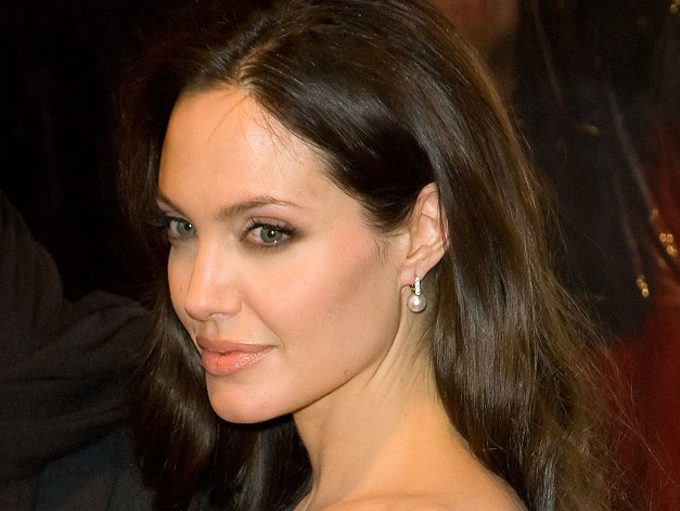 angelina-jolie-tattoo1