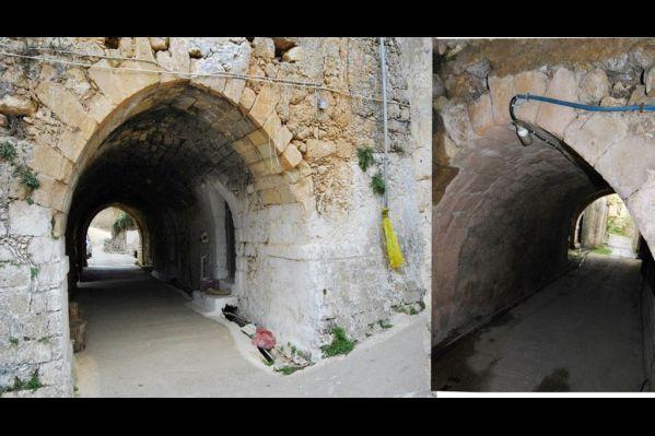 Οι περίτεχνες στοές που βρίσκονται σε δύο διαφορετικά φέουδα, η αριστερή φωτογραφία είναι από το χωριό Πικρί «που έχει καταρρεύσει» η δεξιά στο χωριό Μούνδρος. Οι ομοιότητες είναι εμφανείς. Είναι κτισμένες η μία το 1610 και η άλλη το 1611. Πιθανά από τον ίδιο αρχιτέκτονα.