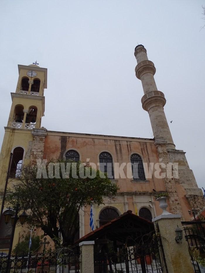 Ο μιναρές του Χιουγκάρ Τζαμισί (Τζαμιού του ηγεμόνα) στη Σπλάντζια