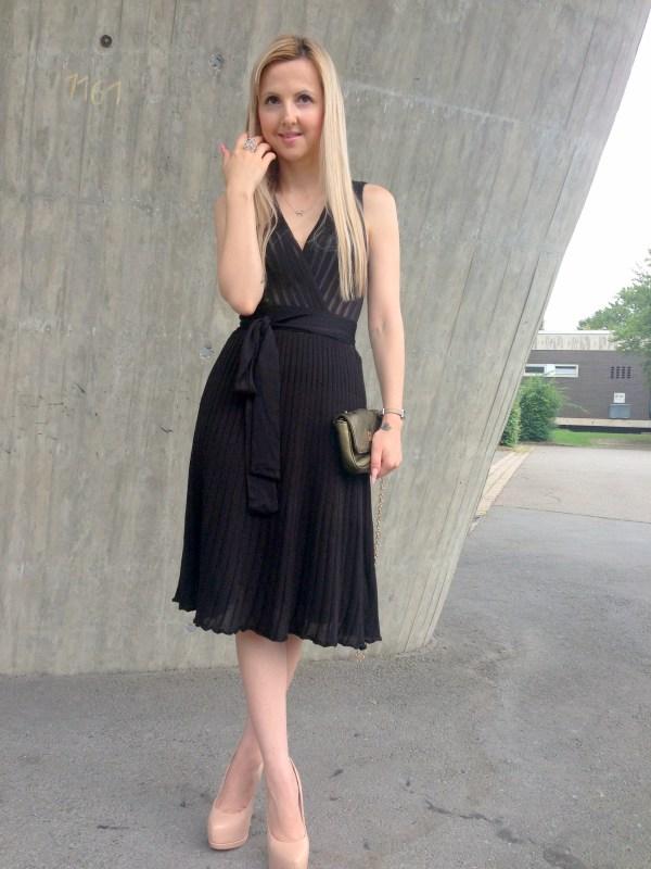 Koton dress & Coccinelle bag