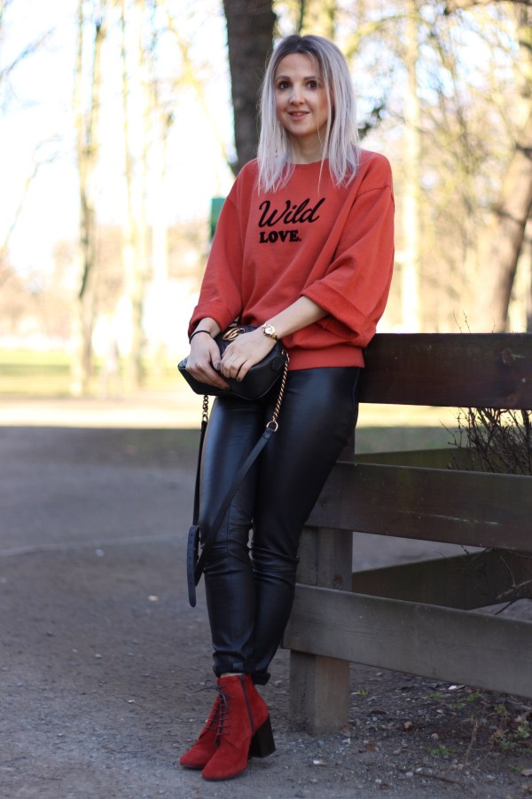 PROMOD Sweatshirt, GUCCI Marmont Tasche, Dsquared2 Lederhose