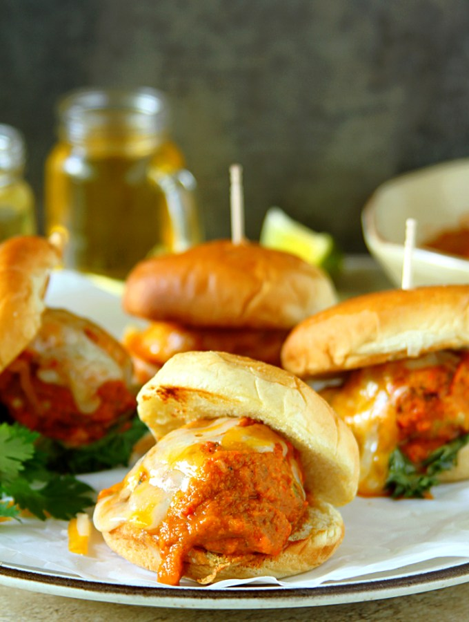 Chicken Meatball Sliders {With Roasted Red Pepper & Tomato Sauce}