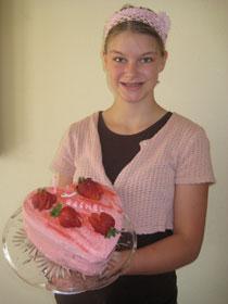 homeschooling_louisa cake