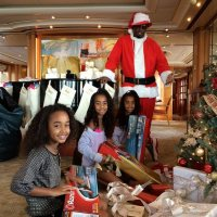 Harlem Diddy Claus With Kids, Kim And Andre