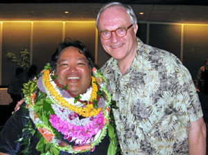 Lui Hokoana in lei with Douglas Dykstra